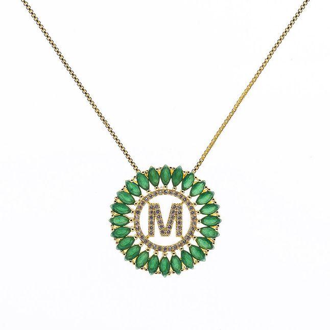 mandala-letra-m-com-zirconias-cristal-e-navetes-verde