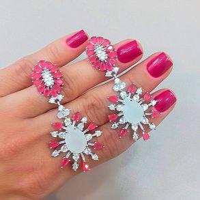 joias-brinco-semi-joia-com-pedra-branca-e-navetes-pink-2