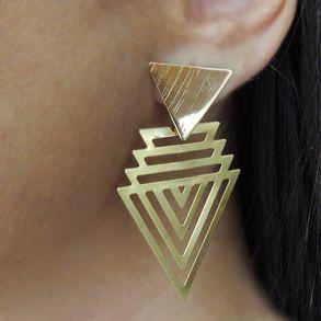 brinco-triangulo-vazado-liso-banhado-em-ouro-18k