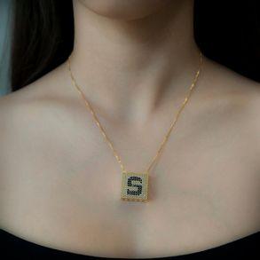 joias-colar-semi-joia-letras-com-zirconias-cristal-black
