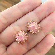 brinco-flor-com-zirconias-morganitas-fusion-banhado-em-ouro-18k
