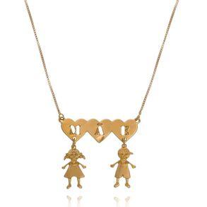colar-–personalizado-com-tres-coracoes-escrito-mae-banhado-em-ouro-18k