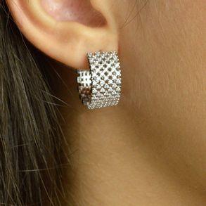 brinco-argola-modelo-quadradinha-cravejada-com-zirconias-cristal-banhado-em-rodio