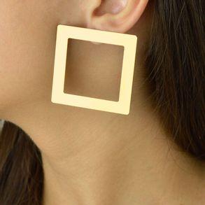 Brinco-quadrado-karola-banhado-em-ouro-18k-2