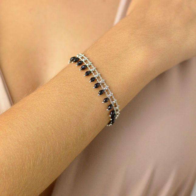 pulseira-com-pingentes-de-cristais-pretos-e-mini-bolinhas-banhado-em-rodio