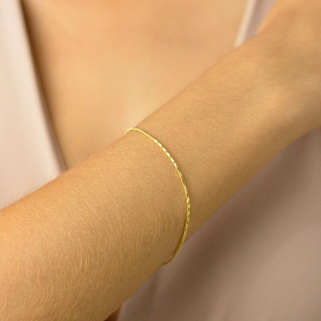 pulseira-torcida-semi-joia-banhado-ouro-18k