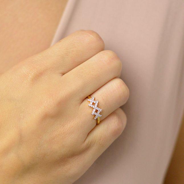 joias-anel-semi-joia-banhado-ouro-18k-com-zirconias-e-aplique-em-rodio