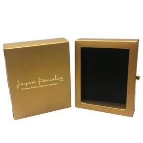 embalagem-para-presente-joyce-fenolio-joias