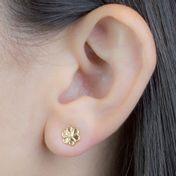 brinco-flor-em-banhado-em-ouro-18k