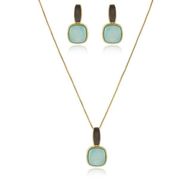Conjunto-pedra-natural-agata-azul-ceu-com-detalhe-de-aplique-de-rodio-negro-em-banho-de-ouro-18k