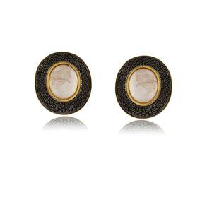 Brinco-de-pedra-natural-quartzo-rosa-com-detalhes-em-rodio-negro-em-volta-em-banho-de-ouro-18k