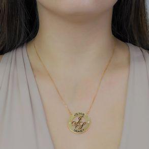 Colar-Mandala-Personalizado-Simples-Com-Nomes-E-Iniciais-Em-Resina-Banhado-Em-Ouro-18K