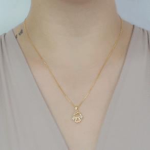 Colar-Com-Pingente-Menina-Com-Tranca-Com-Zirconias-E-Em-Banho-De-Ouro-18k