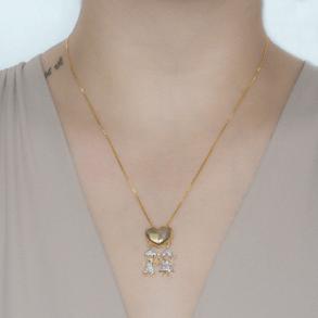 Colar-Coracao-Liso-Com-Pingente-De-Casal-Cravejado-Com-Zirconias-Cristais-Em-Banho-de-Ouro-18K