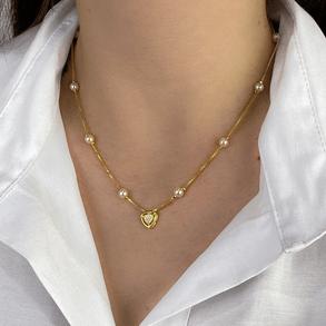 Colar-Com-8-Perolas-Shell-E-Pingente-Triangulo-Cravejado-Com-Micro-Zirconias-Em-Banho-De-Ouro-18k